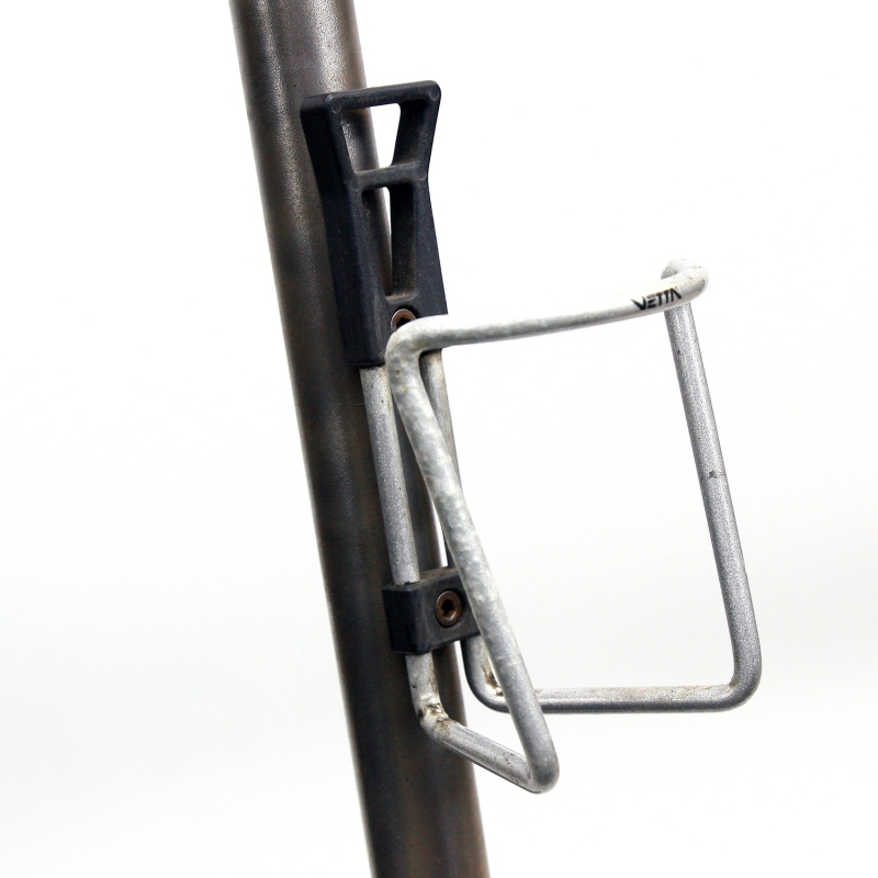Silver Vuelta Tubular Cage bottle cage with screw