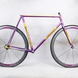 Cadre et fourche violet et jaune Bernard Hinault Fly columbus Thron Taille 56