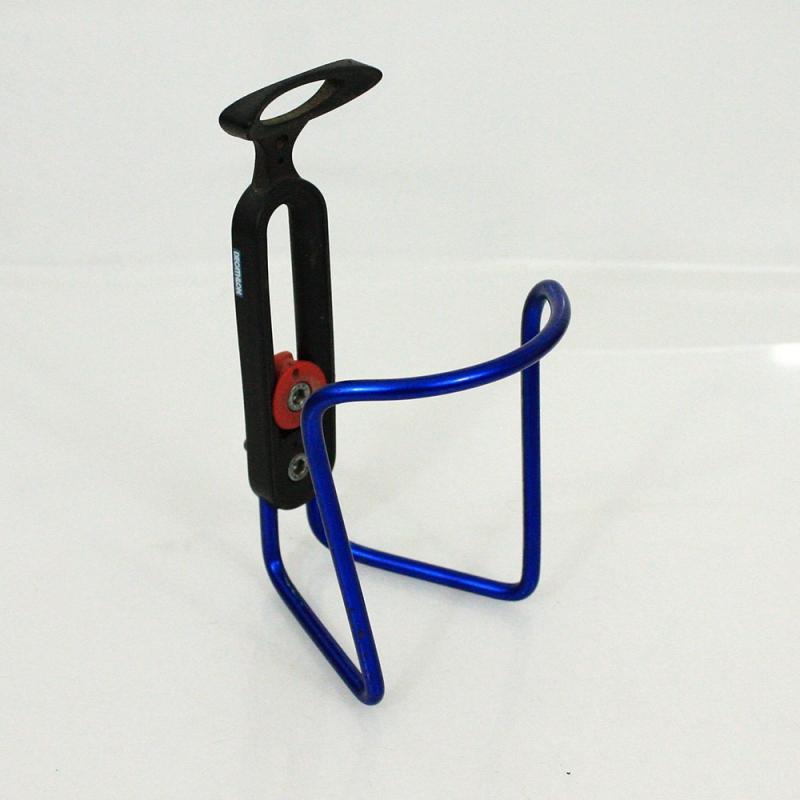 Porte bidon Décathlon bleu entraxe réglable avec visserie