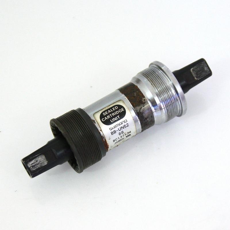 Boitier de pédalier Shimano BB-UN52