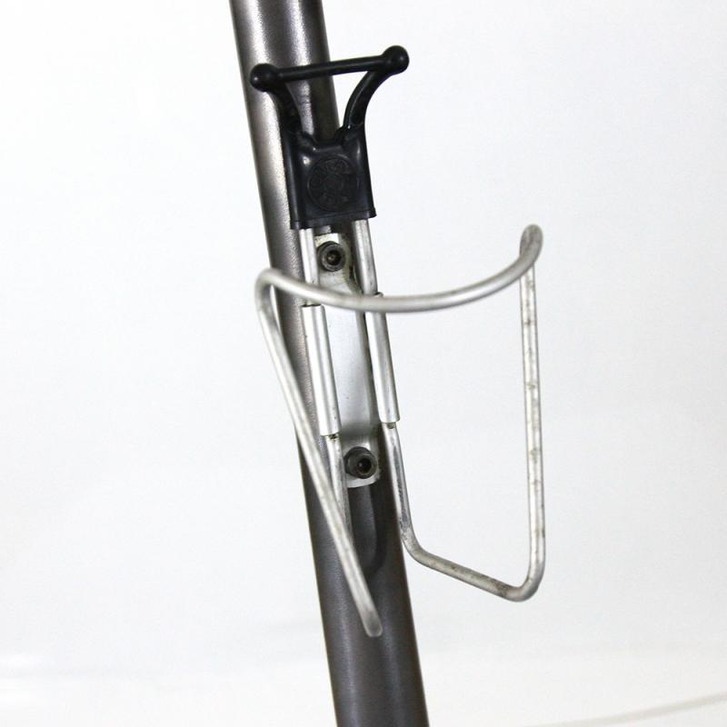 Bottle cage Cobra black tip with screws